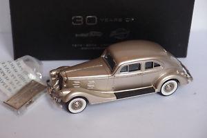 【送料無料】模型車 モデルカー スポーツカー シルバーアロークーペbrooklin brk 100x 1947 silver arrow coupe 143