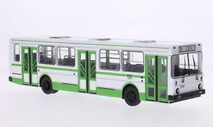 【送料無料】模型車 モデルカー スポーツカー ホワイトグリーンスケールモデルliaz 5256, weissgrn, 143, start scale models