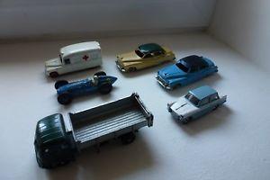 【送料無料】模型車 モデルカー スポーツカー lots de 6 dinky toys dans leur jus voir photos