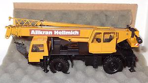 【送料無料】模型車 モデルカー スポーツカー コンラッドクレーンconrad liebherr ltm 1025 allkran hellmich mobilkran 150 ovp r2_2_1