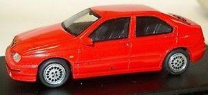 【送料無料】模型車 モデルカー スポーツカー アルファロメオツインスパークalfa romeo 146 18 twin spark 1999  alezan