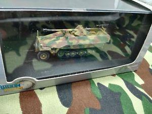 【送料無料】模型車 モデルカー スポーツカー ドラゴンアーマータンクdragon armor 172 sdkfz 251tankcarro armatopanzerkampfwagen