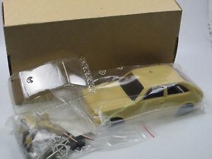 【送料無料】模型車 モデルカー スポーツカー オペルキット1975 opel kadett c city bausatz resine 124 125 bs design