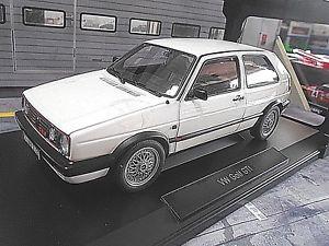 【送料無料】模型車 モデルカー スポーツカー フォルクスワーゲンフォルクスワーゲンゴルフホワイトvw volkswagen golf 2 mkii gti g60 white weiss 1990 rar norev 118