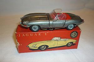 【送料無料】模型車 モデルカー スポーツカー ビンテージメタルモデルジャガータイプtekno vintage metallmodell jaguar e type  ovp  tek24
