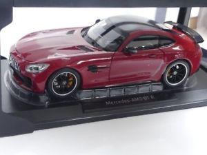 【送料無料】模型車 モデルカー スポーツカー メルセデスレッド118 norev mercedes amg gt r 2017 rot 183452