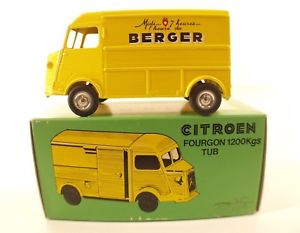 【送料無料】模型車 モデルカー スポーツカー キログラムベルガーヌフjrd n 85 citron fourgon 1200 kgs tub berger 1985 neuf en boite 143