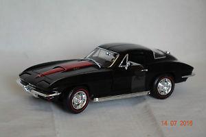 【送料無料】模型車 モデルカー スポーツカー シボレーコルベットクーペブラックアムchevrolet corvette c2 coupe 1967 schwarz 118 ertl neu amp; ovp amm1004