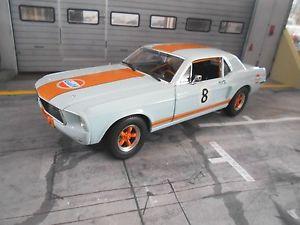 【送料無料】模型車 モデルカー スポーツカー フォードムスタングレーシング#グリーンライトford mustang racing mki 1967 8 gulf oil transam muscle v8 greenlight 118