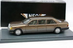 【送料無料】模型車 モデルカー スポーツカー ネオメルセデスブランリムジンneo 143 mercedes 250 e brun metal lang limousine w124