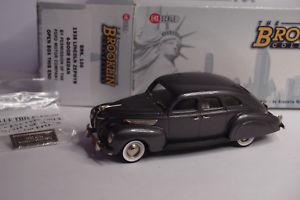 【送料無料】模型車 モデルカー スポーツカー リンカーンゼファードアセダンbrooklin brk 106 1938 lincoln zephyr 4door sedan 143