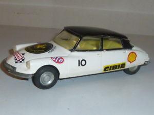 【送料無料】模型車 モデルカー スポーツカー シトロエンneues angebotrare jouet jep citroen ds 19 friction 120