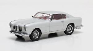 【送料無料】模型車 モデルカー スポーツカー アルファロメオギアシルバーマトリックスalfa romeo 1900 css speciale ghia silver 1954 matrix 143 mx50102031