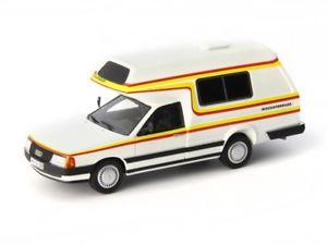 【送料無料】模型車 モデルカー スポーツカー カルトアウディコートベルガーautocult audi 100 tyo 44 bischhofsberger 1985 white 143 atc09003