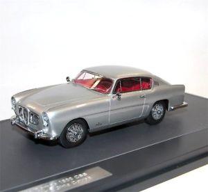 【送料無料】模型車 モデルカー スポーツカー マトリックススケールモデルアルファロメオギアクーペmatrix scale models, 1954 alfa romeo 1900 css speciale ghia coupe, silver, 143