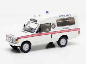 【送料無料】模型車 モデルカー スポーツカー マトリックスレンジローバーローマスmatrix range rover h lomas ambulance 1972 143 mx11701031