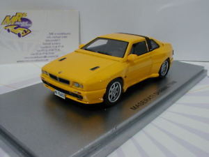 【送料無料】模型車 モデルカー スポーツカー マセラティマセラティシャマルスポーツカーkess 43014022 maserati shamal sportwagen baujahr 1988 in yellow 143 neu