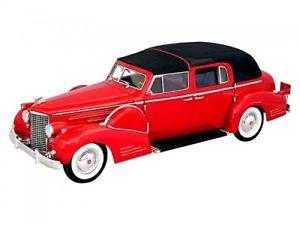 【送料無料】模型車 モデルカー スポーツカー シグネチャーレッドキャデラックフリートウッドcadillac v16 fleetwood rot 1938 118 signature