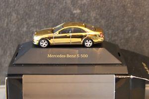 【送料無料】模型車 モデルカー スポーツカー ベンツクラスコレクションゴールドmercedesbenz sklasse s500 w221 dccollection nr 12 herpa 187 gold dcvd mbvd