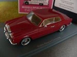 【送料無料】模型車 モデルカー スポーツカー ネオロールスロイスコーニッシュレッド143 neo rolls royce corniche fhc rot 44185*