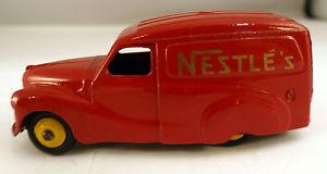 【送料無料】模型車 モデルカー スポーツカー オースティンヴァンネスレdinky toys gb 471 austin van nestls peu frquent