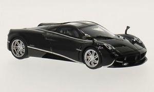 【送料無料】模型車 モデルカー スポーツカー ブラックシルバーpagani huayra, schwarzsilber, 143, autoart