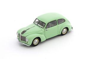 【送料無料】模型車 モデルカー スポーツカー エアロマイナーセダンカルトaero minor ii sedan von 1949, grn, von autocult in 143