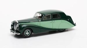 【送料無料】模型車 モデルカー スポーツカー トーングリーンマトリックスdaimler db18 hooper empress 2tone green 1951 matrix 143 mx10402011