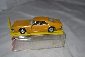 【送料無料】模型車 モデルカー スポーツカー トロsabra toronado n8109