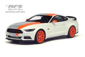 【送料無料】模型車 モデルカー スポーツカー フォードムスタングデザインホワイトグアテマラford mustang bojix design baujahr 2015 wei 118 gt spirit 123