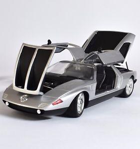 【送料無料】模型車 モデルカー スポーツカー メルセデスシルバーベンツスポーツカー