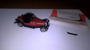 【送料無料】模型車 モデルカー スポーツカー シリーズアルファロメオコンパンフレットpolitoys seriem art532 alfa romeo quattroruote zagato 1750 ottima con brochure