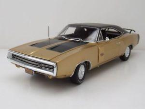 【送料無料】模型車 モデルカー スポーツカー ゴールドメタリックモデルカーカーワールドdodge charger rt se 1970 gold metallic, modellauto 118 auto world