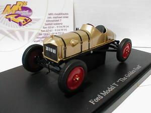 【送料無料】模型車 モデルカー スポーツカー カルトフォードゴールデンフォードゴールドホテルautocult 01003 ford t the golden ford baujahr 1911 in gold 143 neu