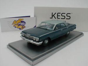 【送料無料】模型車 モデルカー スポーツカー シボレービスケーンセダンシルバーkess 43027010 chevrolet biscayne limousine bj 1963 blaumetsilber 143