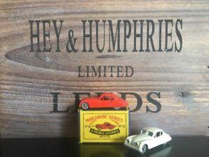 【送料無料】模型車 モデルカー スポーツカー マッチモコミント2x matchbox lesney moko 32a1amp;3rare red version ovp b2 near mint 195759