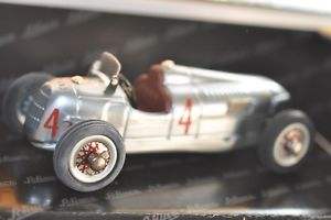 【送料無料】模型車 モデルカー スポーツカー オートユニオンモデルschuco 01227 auto union studio ii metallmodell ovp
