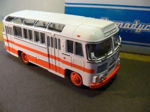 【送料無料】模型車 モデルカー スポーツカー バスホワイトオレンジソ143 abmadyc paz 672m bus weissorange ussr