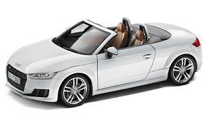 【送料無料】模型車 tt モデルカー スポーツカー アウディロードスターモデルカーaudi tt 8s roadster 118 modellauto modellauto 118 gletscherwei wei 5011400515, elganカーマット:c8463280 --- mail.ciencianet.com.ar