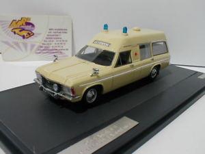 【送料無料】模型車 モデルカー スポーツカー オペルアドミラルmatrix 11502051 opel admiral b miesen lwb ambulance baujahr 1970 143