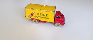 【送料無料】模型車 モデルカー スポーツカー イングランドビッグベッドフォードハインツケチャップボトルdinky toys england big bedford heinz ketchup mit flasche abgeb original:hokushin