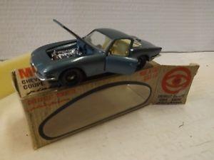 【送料無料】模型車 モデルカー スポーツカー シボレーコルベットクーペmebetoys chevrolet corvette coupe rondine pininfarina ech 143
