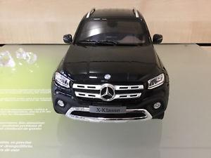 【送料無料】模型車 モデルカー スポーツカー クラスメルセデスベンツピックアップデル
