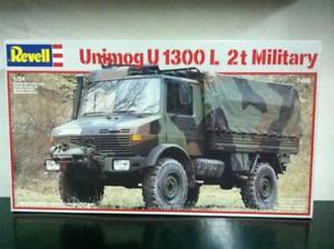 【送料無料】模型車 モデルカー スポーツカー モデルキットディrevell model kit di montaggio 124 7499 unimog u1300l 2t military mib, 1987