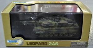 【送料無料】模型車 モデルカー スポーツカー ドラゴンスケール#タンク2004 dragon armor 172 scale leopard 2a6 60052 diecast tank mib
