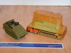 【送料無料】模型車 モデルカー スポーツカー ビンテージストライカーアンチタンクvintage, original dinky toys 691 striker antitank vehicle with original box