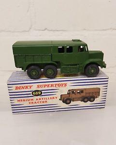 【送料無料】模型車 モデルカー スポーツカー トターdinky 689 medium artillery tractor