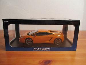 【送料無料】模型車 モデルカー スポーツカー ランボルギーニガヤルドオレンジメタリック go 118 autoart lamborghini gallardo lp5604 orange metallic neu ovp