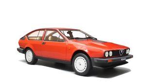 【送料無料】模型車 モデルカー スポーツカー アルファロメオシリーズalfa romeo gtv 6 25 1980 1 serie red laudoracing 118 lm110b