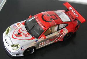 【送料無料】模型車 モデルカー スポーツカー ポルシェグアテマラフライングリザードオーバービークporsche 911 996 gt3 rsr alms 2006 flying lizard henzler overbeek autoart aa 118